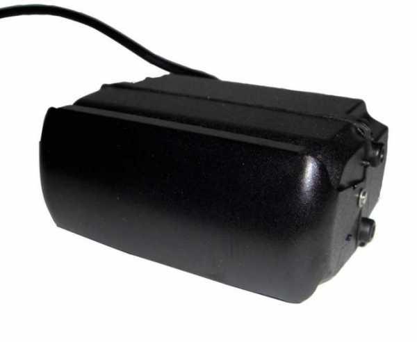 Rückfahrfarbkamera motorisch verstellbar, mit elektrischer Abdeckung